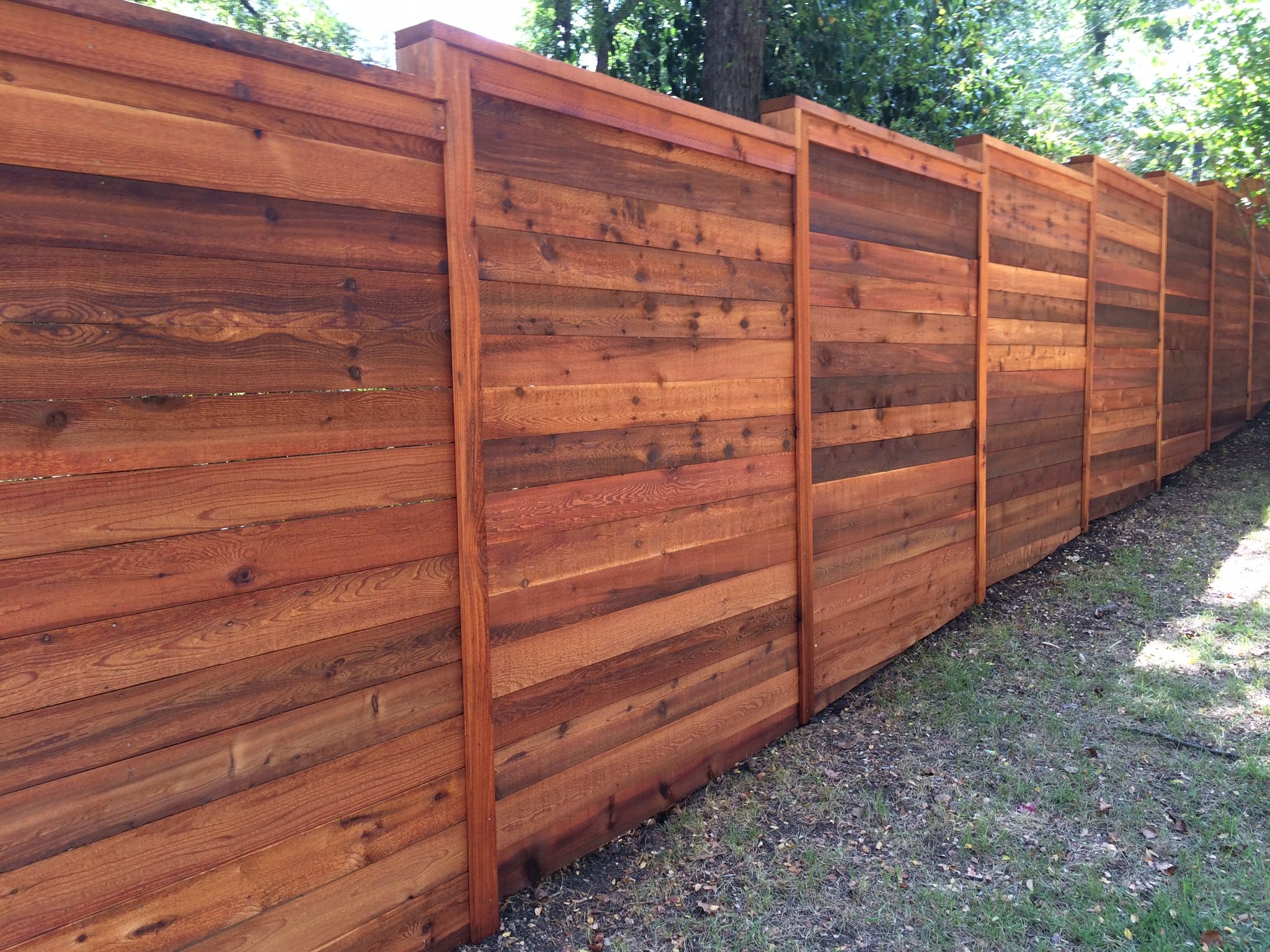 8 H Horizontal Cedar Privacy W Cap Amp Trim Stained Fence