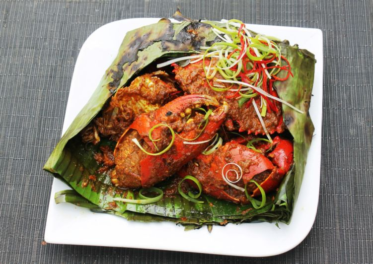 Resep Kepiting Asap Bakar Pedas Recipe Barbequed Spicy Crab Wrapped In Banana Leaves Spicy Crab Spicy Cooking