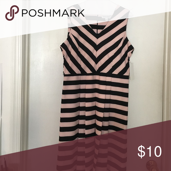 Pink and Black formal dress Pink and Black Formal dress Dresses Midi