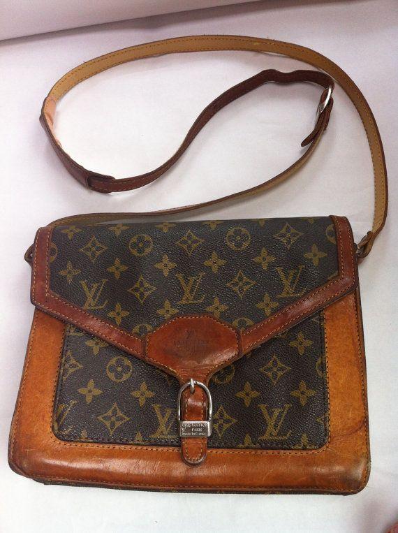 Louis Vuitton Vintage Monogram Leather Cross Body Bag Purse Handbag