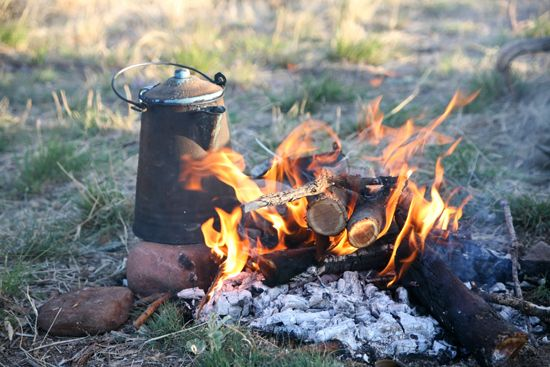 Cowboy coffee is the easiest and best way to make coffee while camping. Overview Bring one quart of water to a boil in a saucepan. Add 3/4 cup of ground coffee. Return to boil. Immediately remove from heat and cover. Wait till the grounds sink (approximately 5 minutes). Serve.