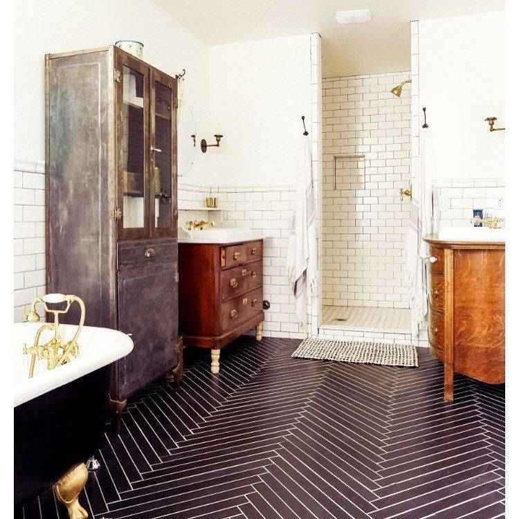 """Vintage bathroom  #interiordesign #interior #vintage #furniture #tiles #tiledflooring #flooring #bathroom #tub #clawfoot #blackandwhite #character…"""