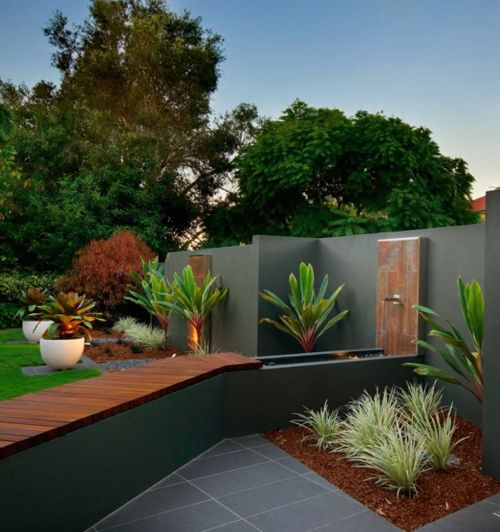 Contemporary Water Feature Wood Wall Fountain