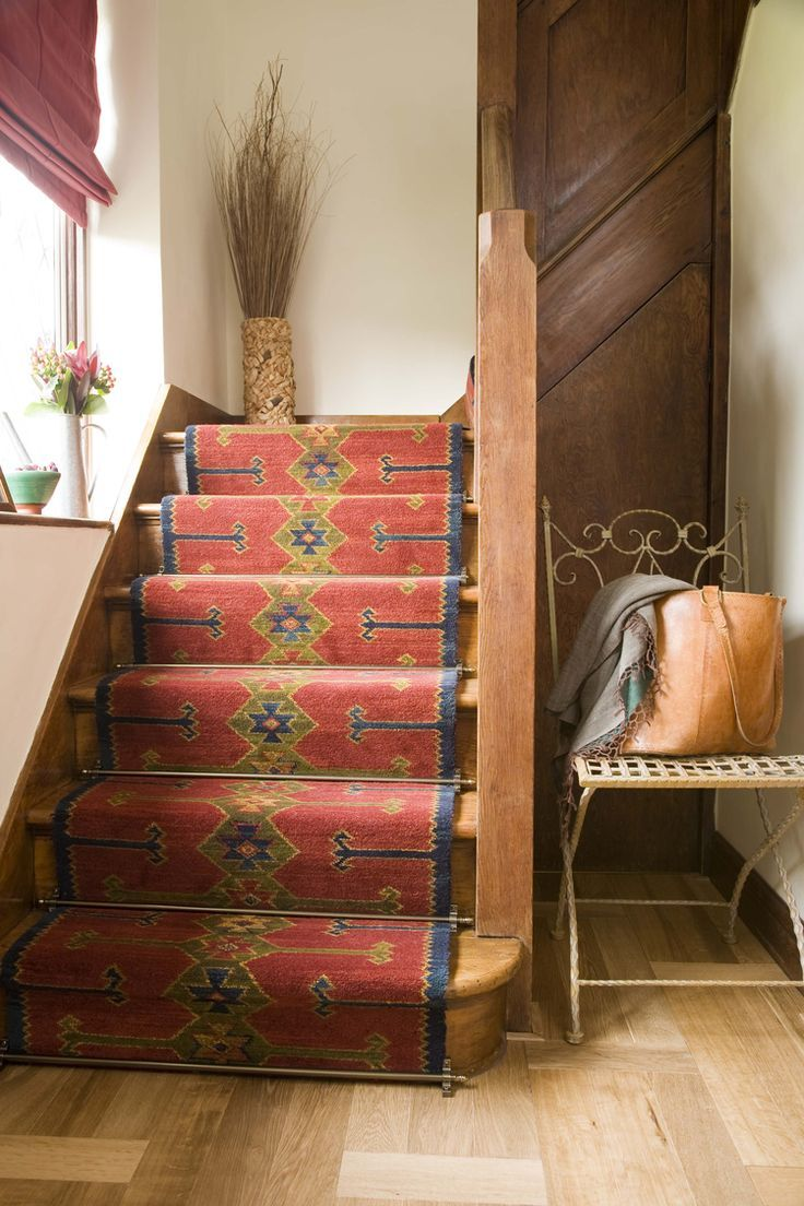 Best Benefits Of Installing Stair Runner Rods At Your Stair 400 x 300