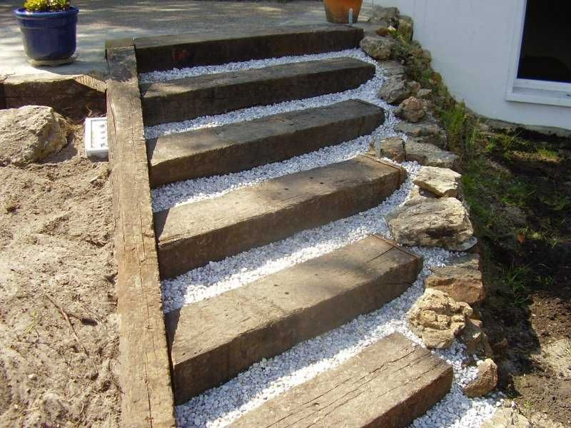 Garden steps id es pour le jardin pinterest for Escalier traverse