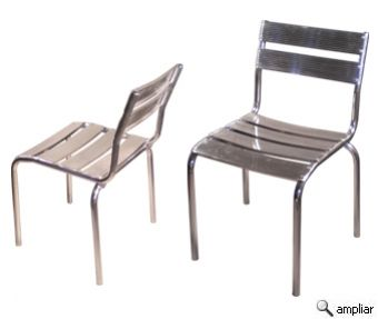 CADEIRA STREET ALLUX. Em alumínio polido mecanicamente com design atualizado,fácil de limpar, leve, empilhável e super resistente. Em sua fabricação não são utilizados parafusos, a cadeira é inteira soldada o que garante uma cadeira mais firme, durável e resistente. Não enferruja. Áreas externas ou ambientes como bares, restaurantes, cozinhas,churrasqueiras,cafeterias e lanchonetes que sempre estão lavando o chão.. Empilhável até 5 cadeiras. Medidas (cm)  Profund.: 54  Largura: 49  Altura…