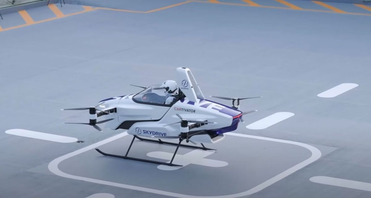 Skydrive zeigt bemannten Flug eines Flugtaxis in 2020