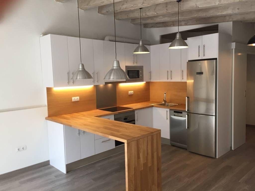 Descubra fotos de Cozinhas modernas por zazurca arquitectos. Veja fotos com as melhores ideias e inspirações para criar uma casa perfeita.