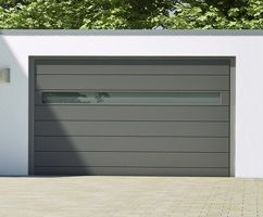 garagentor mit fenstern garage garage fenster und haus. Black Bedroom Furniture Sets. Home Design Ideas