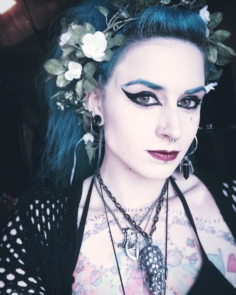 Allison Eckfeldt One Gorgeous Human Being Curtidas