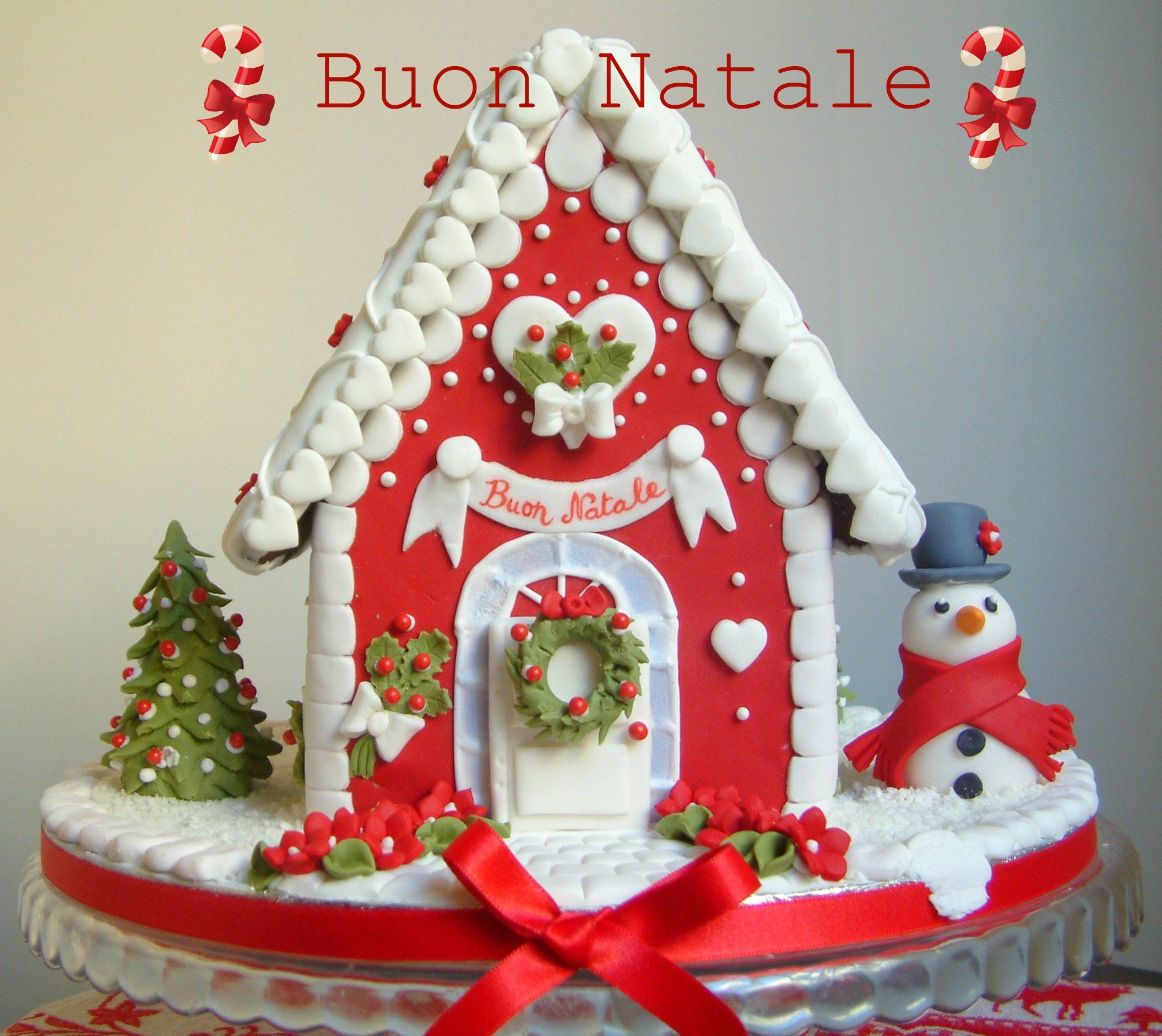 Christmas House Cake Decoration : gingerbread - fondant decorations Gingerbread House Love ...