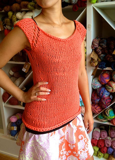 Ravelry bulky summer tank quick knit and it doesnt take a lot of ravelry free knitting pattern for easy tank top emma fassios free pattern for rosas sleeveless cardi jumper was adapted into this easy cute sleeveless dt1010fo
