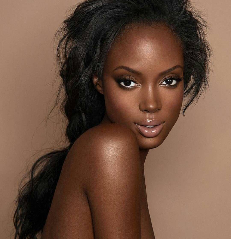 Flawless Skin: Glam Natural Makeup Look On Dark Skin. Flawless!
