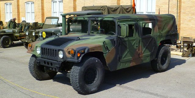 """M998 High-Mobility Multi-Wheeled Vehicle (HMMWV) The REAL """"Hummer"""""""