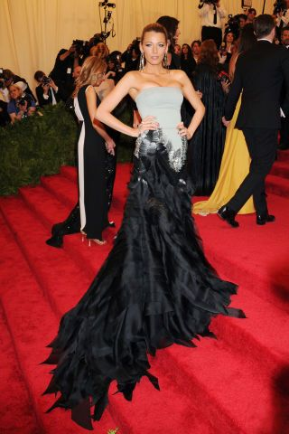 Dramatic trains at the Met Gala Awards: Blake Lively in Gucci, 2013