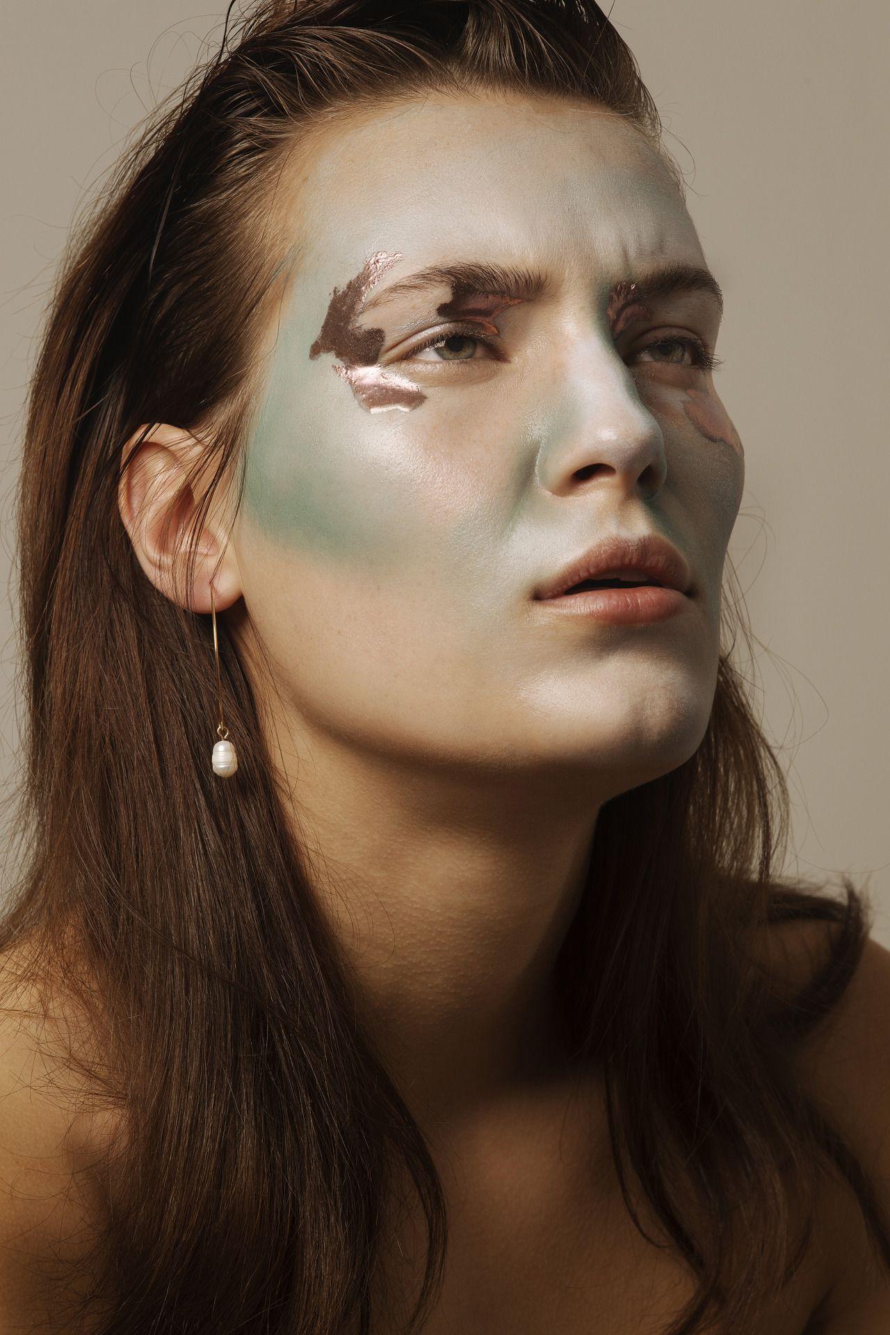 Nose piercing growing over  Pinterest u The worldus catalog of ideas