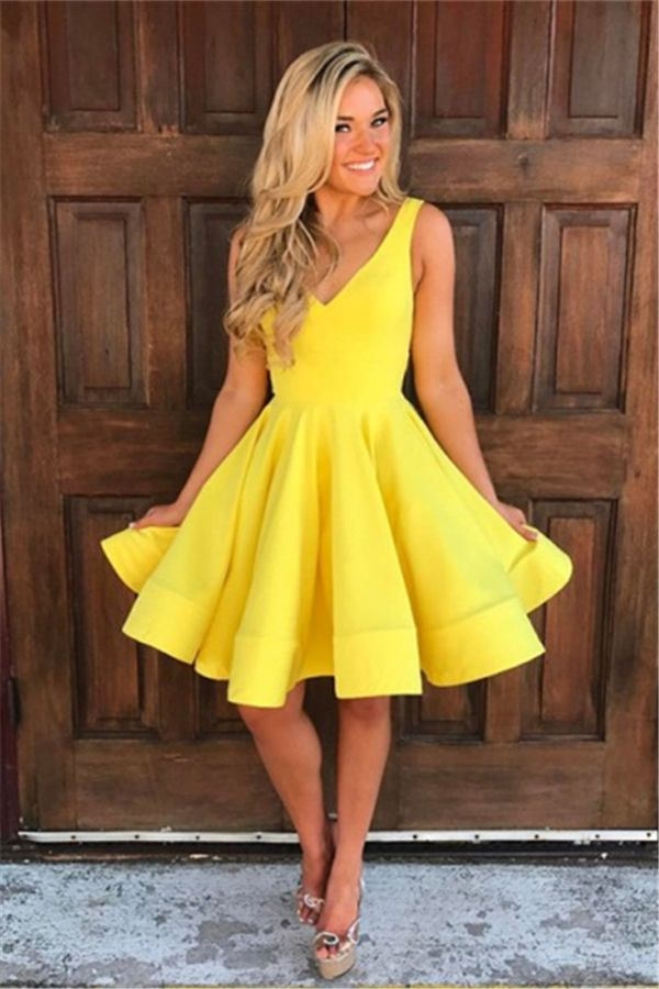 283a36a430d8 A-Line V-Neck Short Yellow Homecoming Dress in 2019