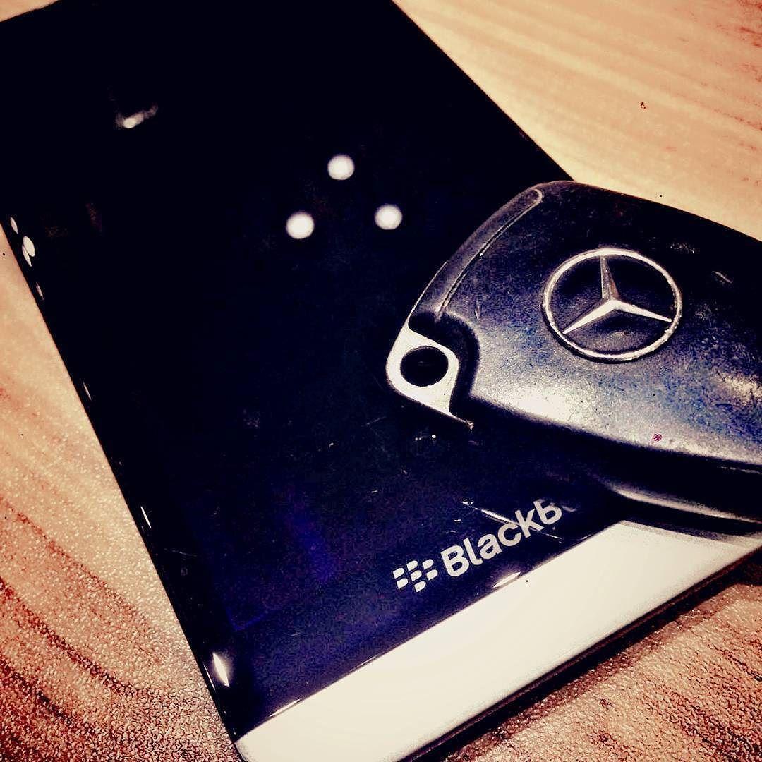 #inst10 #ReGram @abdo_elbarissi: #BlackBerry #Z30 with #marsedes #key  @blackberryclubs @blackberryclubs @xtremebberry @blackberry #BlackBerry #BlackBerryClubs #BBer #BlackBerryPhotos #BlackBerryZ30 #Z30