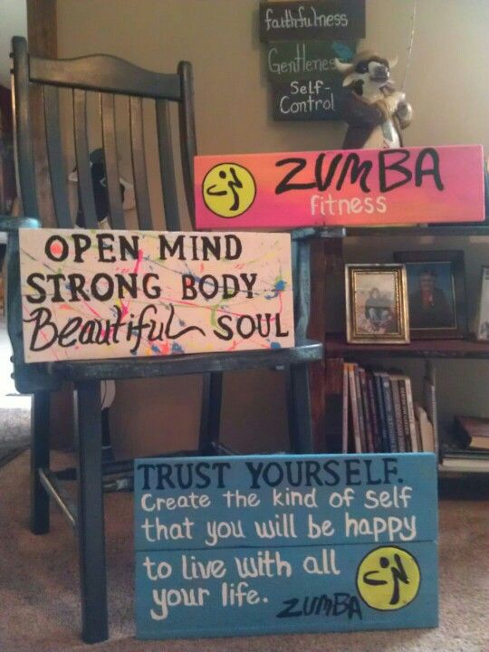 Zumba pallet signs