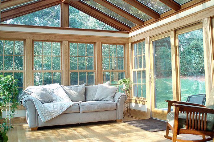 Sunrooms Or Solariums Are A Great Way To Make Use Of The Natural Light In This Post We Have Compiled A Collec Sunroom Designs Sunroom Windows Sunroom Addition