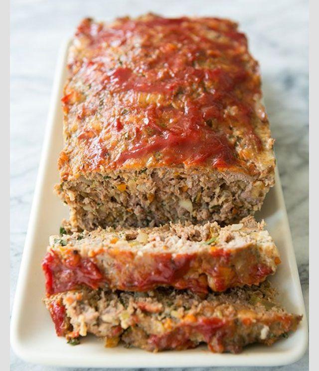 Classic Meatloaf Best Ever Simplyrecipes Com Recipe Traditional Meatloaf Recipes Recipes Classic Meatloaf Recipe