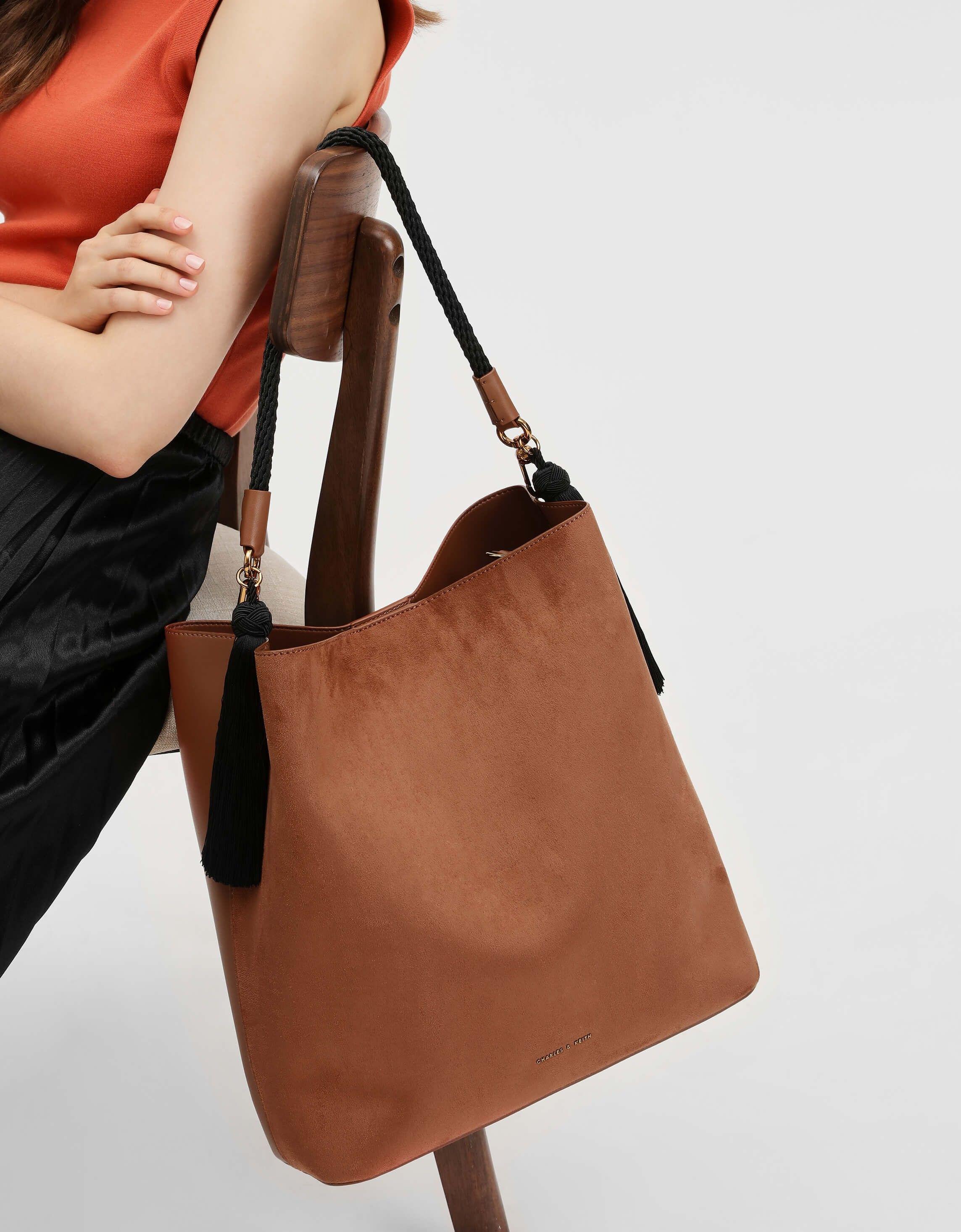 b9611f5d64 Cognac Tassel Detail Oversized Bucket Bag