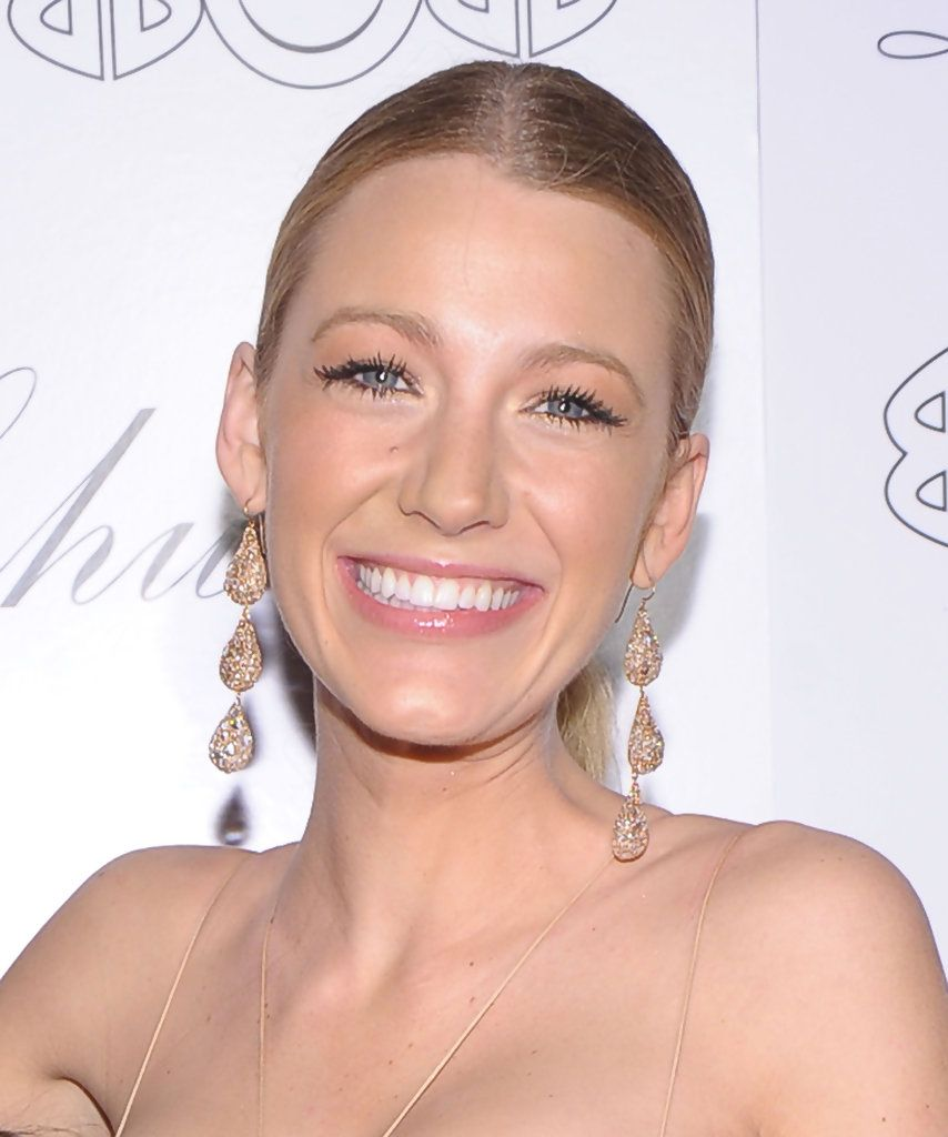 Blake lively dangling diamond earrings blake lively u her style