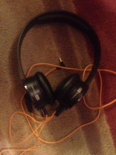 SOL Republic Tracks Black Headband Headsets