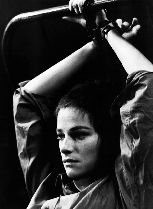 CHARLOTTE RAMPLING THE NIGHT PORTER, 1974, DIR LILIANA CAVANI - night porter sample resume