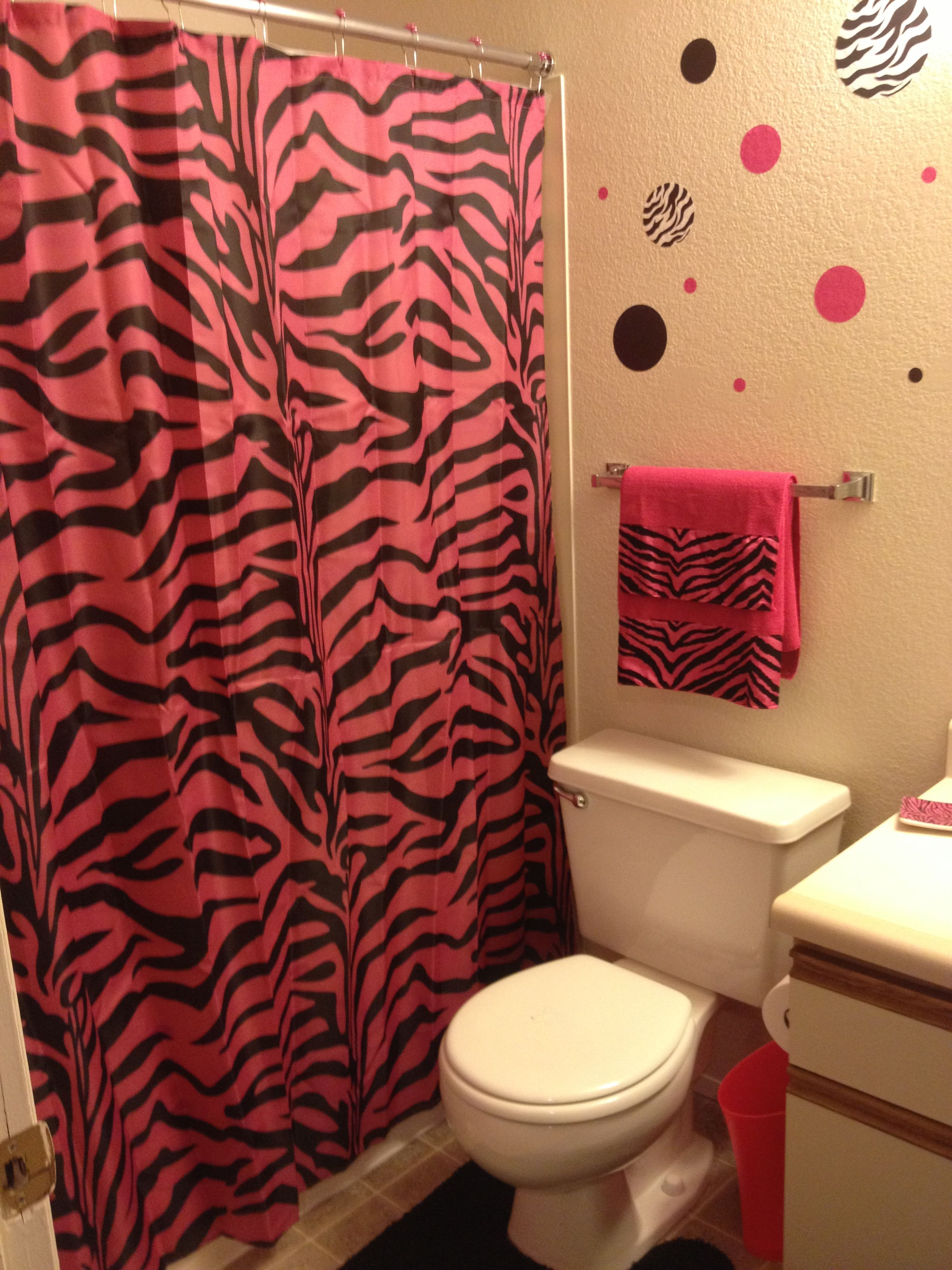 Hannah S Perfectly Pink Bathroom In Our New Home