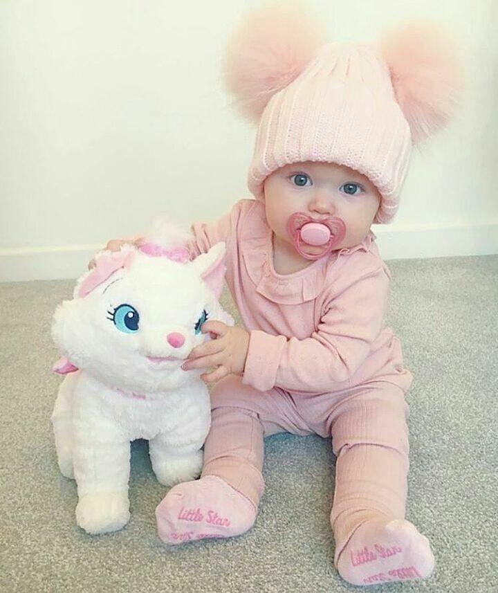 Quanto sono dolci i cappellini pon-pon per i baby  disponibili anche per  adulti ❣ WhatsApp 3911826718 Shop online ... 0f5d773eea87