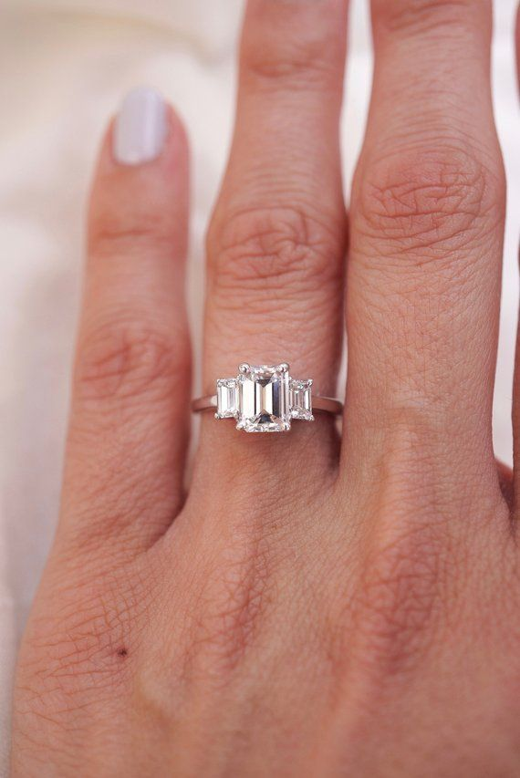 Shaped Emerald diamond ring
