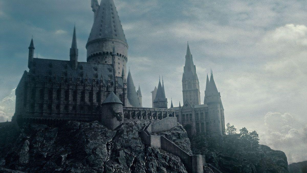 Hogwarts Current Desktop Wallpaper Hogwarts Harry Potter Harry Potter Filme