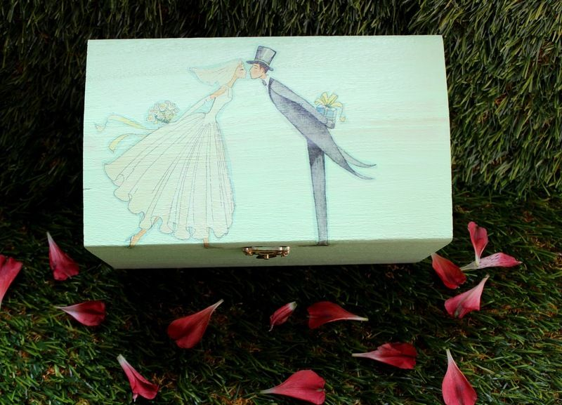 Geschenkbox von Wediva auf DaWanda.com