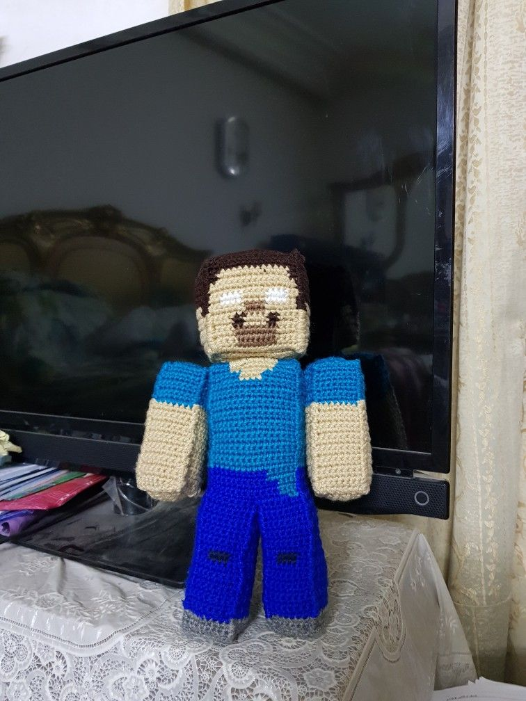 Crochet Pattern of Steve from