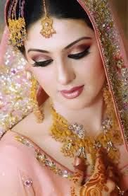 Diva Beauty Salon Services Complete Services Best Bridal Makeup Beautiful Wedding Makeup Bridal Makeup Artist