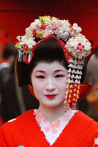 Maiko in Kyoto, Japan  ( Geisha ) by NikonD-200, via Flickr-
