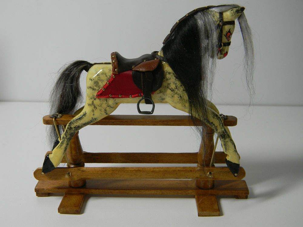 Horses  Miniature  Dollhouse Doll House Picture