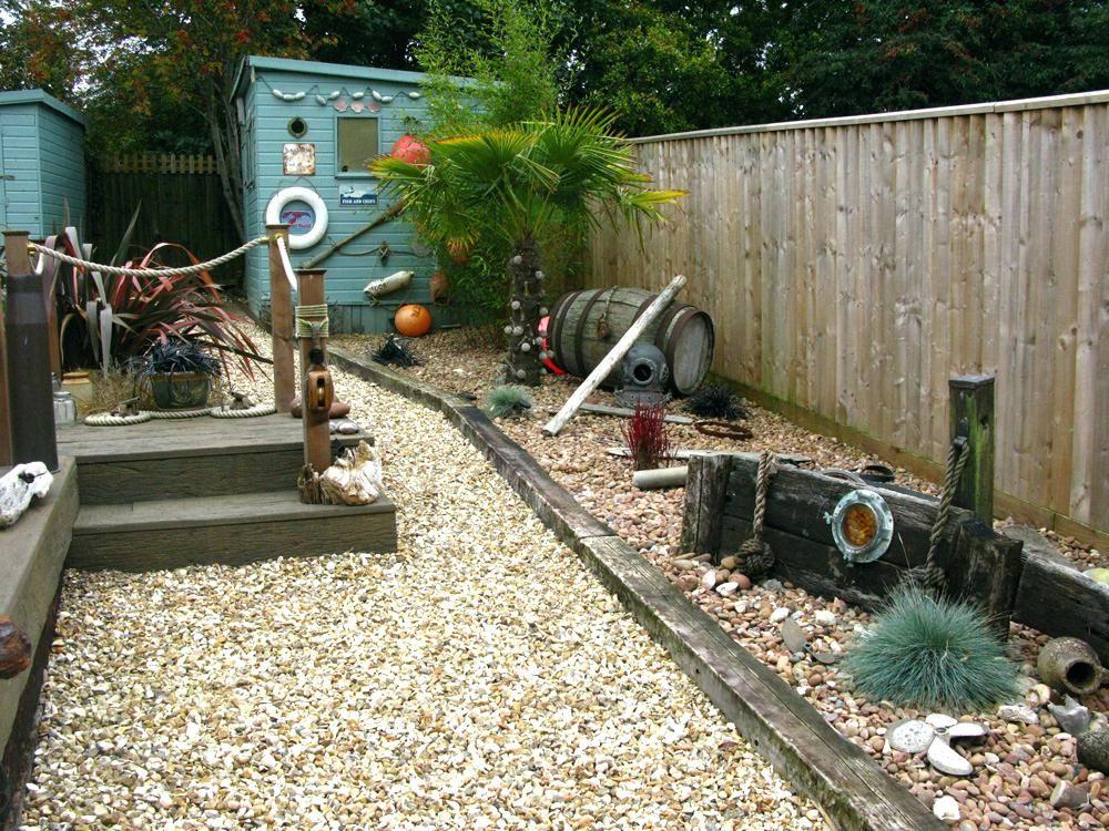 nautical garden adorable nautical theme garden retreat ... on Nautical Backyard Ideas id=31183