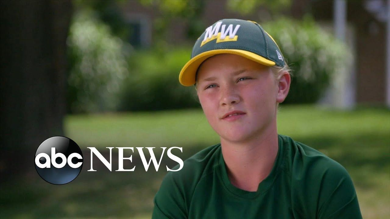 12 Year Old Is Only Girl Playing In Little League World Series Little League Girls Play World Series