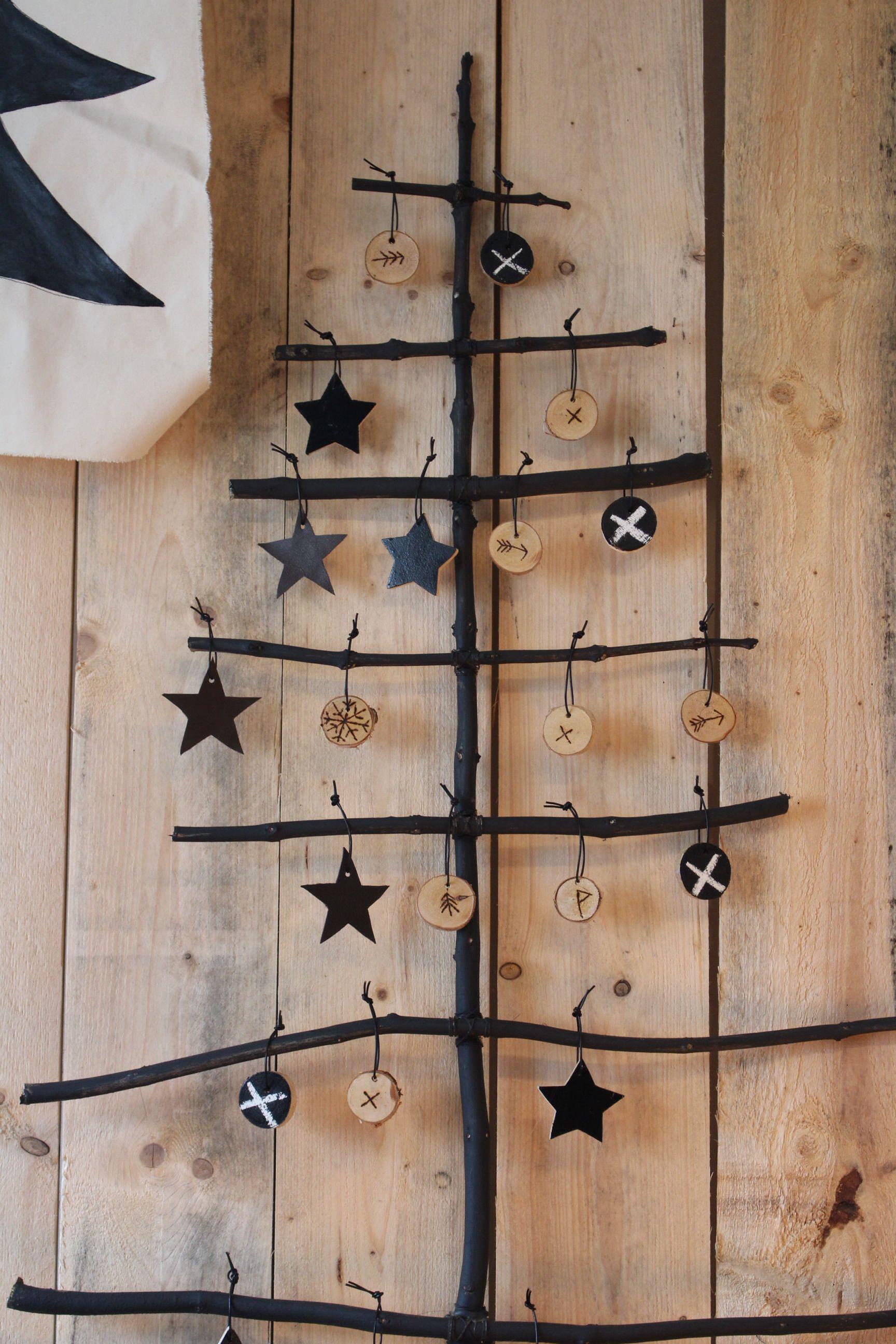 schlichter weihnachtsbaum 35 sch ne alternativen zum. Black Bedroom Furniture Sets. Home Design Ideas
