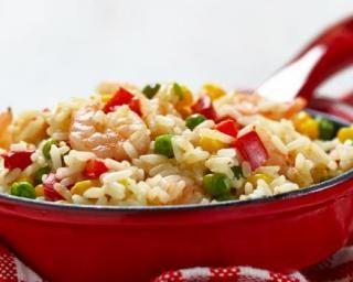 Riz aux crevettes, maïs et petits légumes
