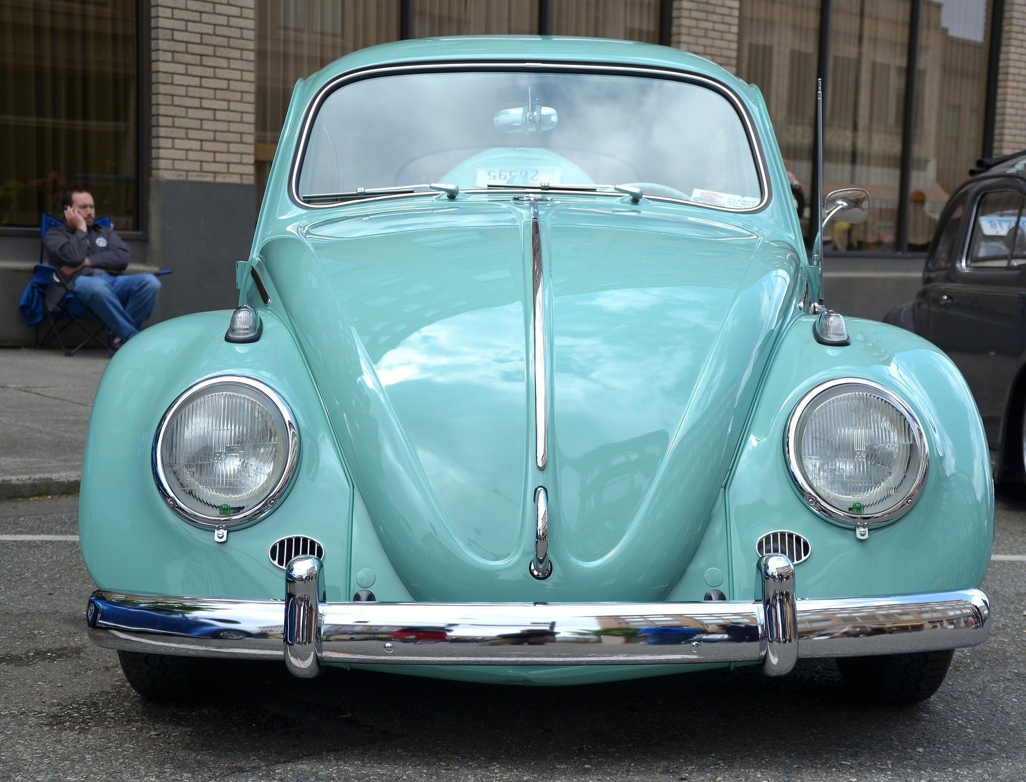 la voiture de mes r ves cool bleue et si mimi pour. Black Bedroom Furniture Sets. Home Design Ideas