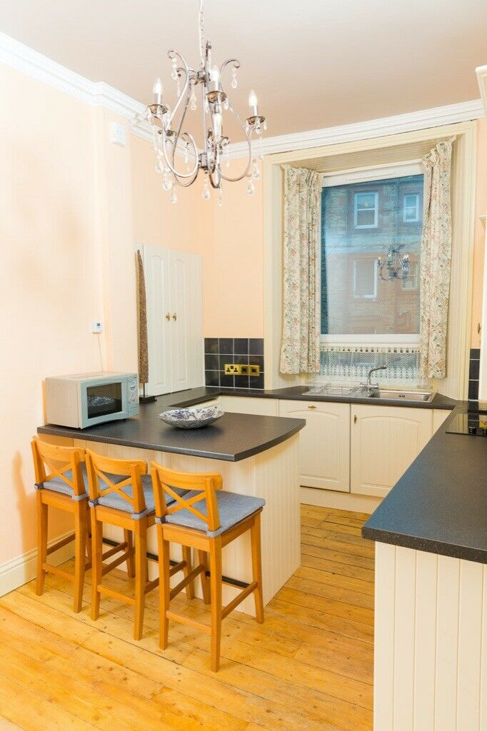 Lovely Furnished 1 Bedroom Flat To Rent Abbeyhill Edinburgh City Centre In Holyrood Edinburgh Gumtree In 2020 Flat Rent 1 Bedroom Flat Edinburgh City Centre