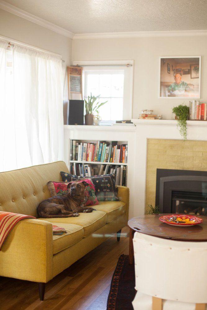 A Cozy & Eclectic Portland Bungalow   Bungalow living ...