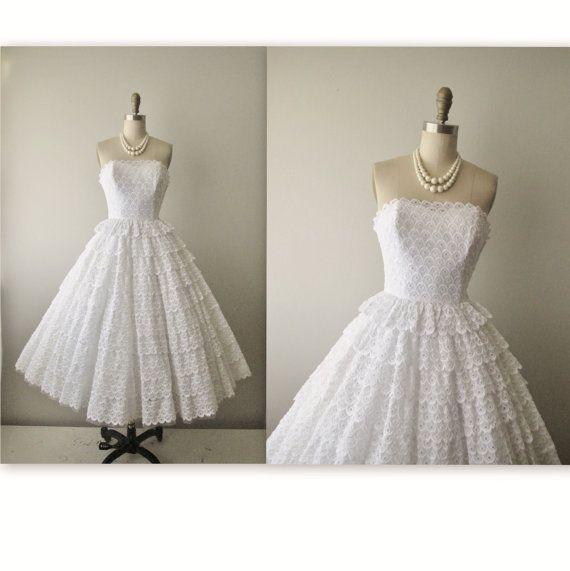 50 S Eyelet Wedding Dress Vintage 1950 Strapless White Cotillion Tea Gown Xs