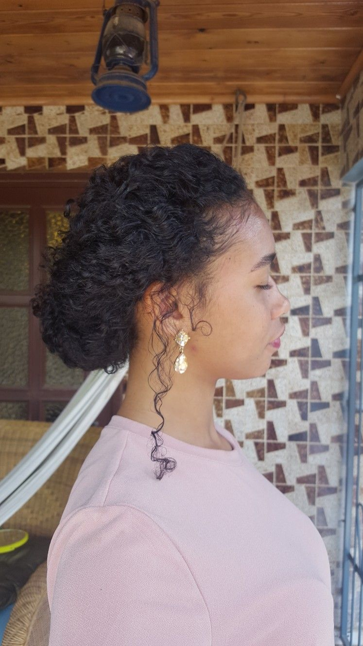 Elegant hairstyle for curly hair @curlsbydavi | Elegant ...