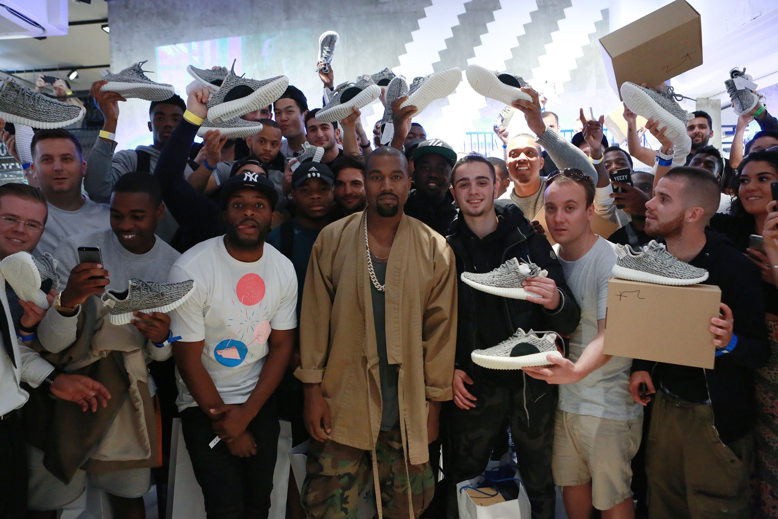 Kanye West Surprised Customers at a London Adidas Originals Store During  the Yeezy Boost 350 Launch