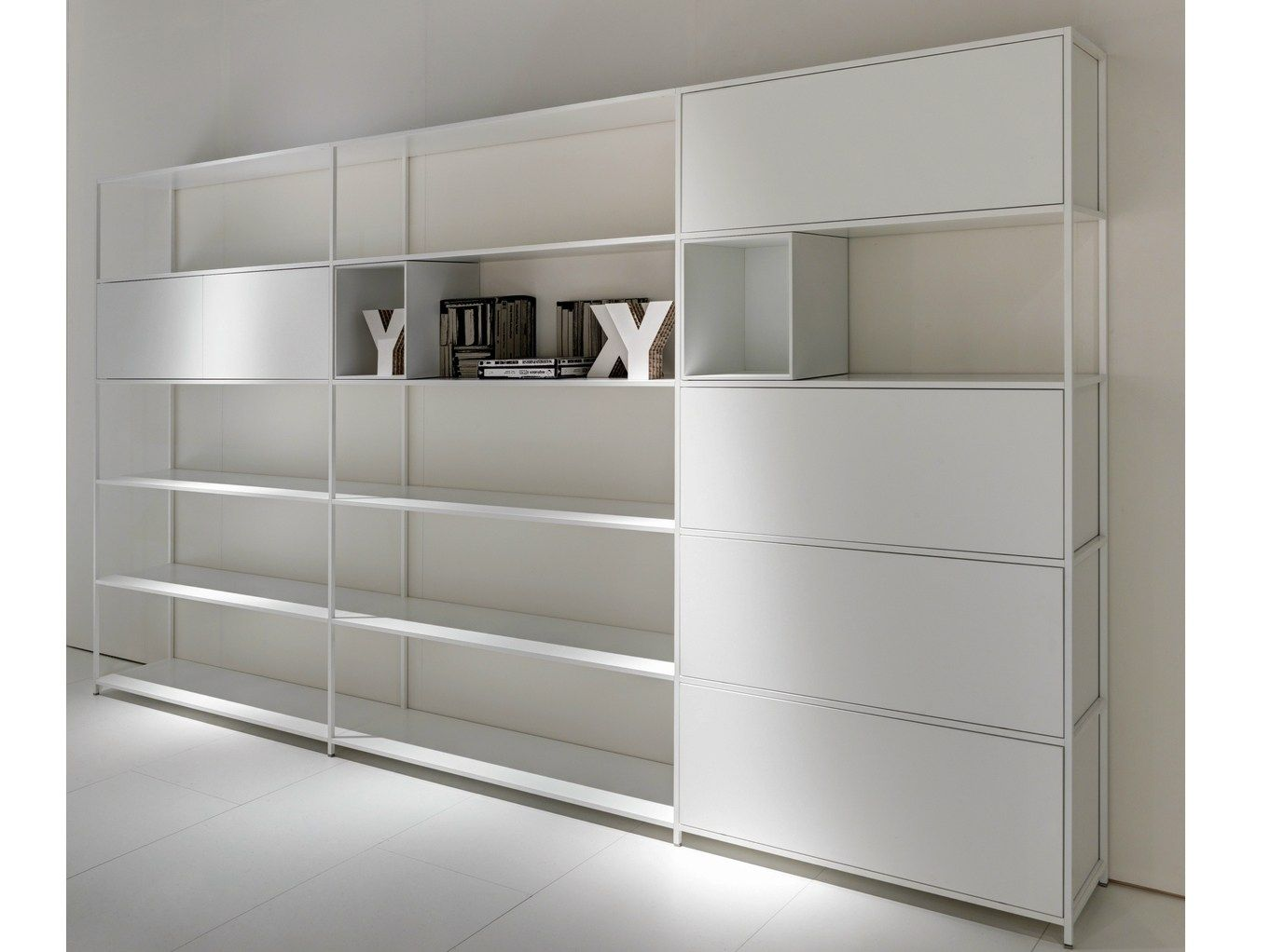 open aluminium bookcase minima 3 0 minima collection by. Black Bedroom Furniture Sets. Home Design Ideas