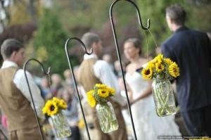 hanging mason jars for outdoor wedding | smileyface896 outdoor wedding decor using mason jars
